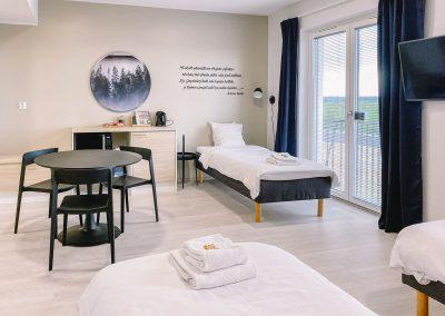 Hotelli Kuohun 3-hengen huone